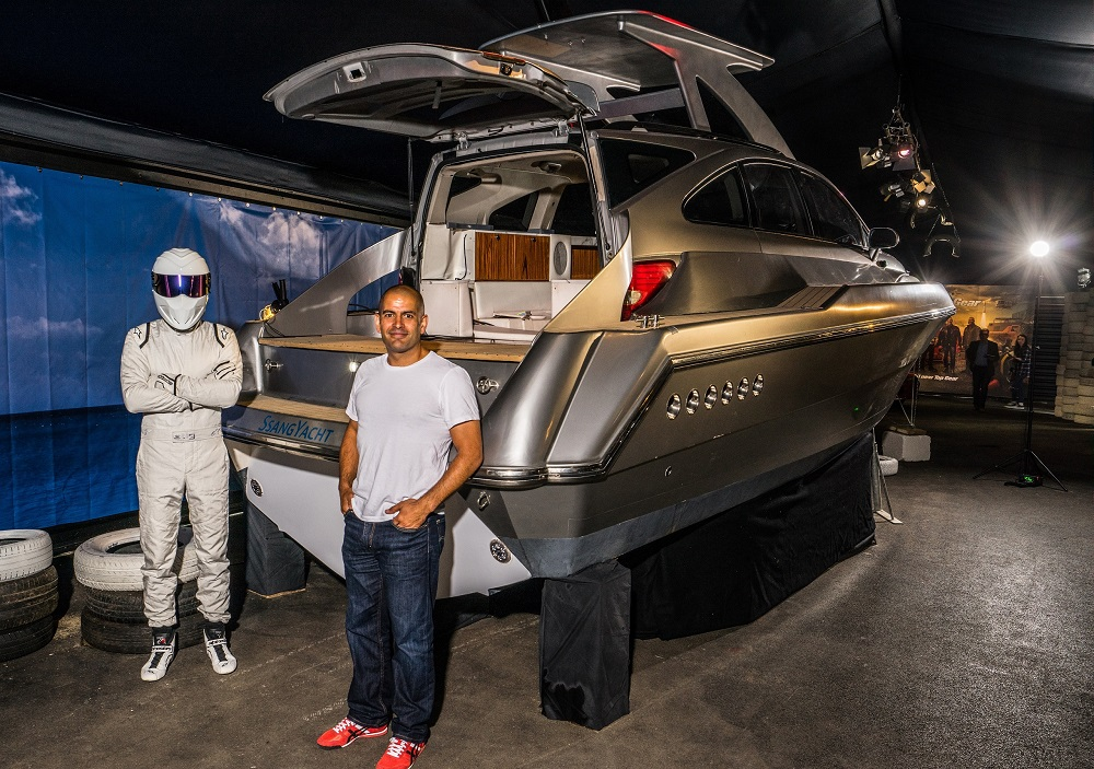 The world of top gear - Chris Harris and the stig