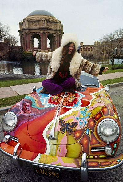 Janis Joplin with her Psychedelic Porsche in the 60s