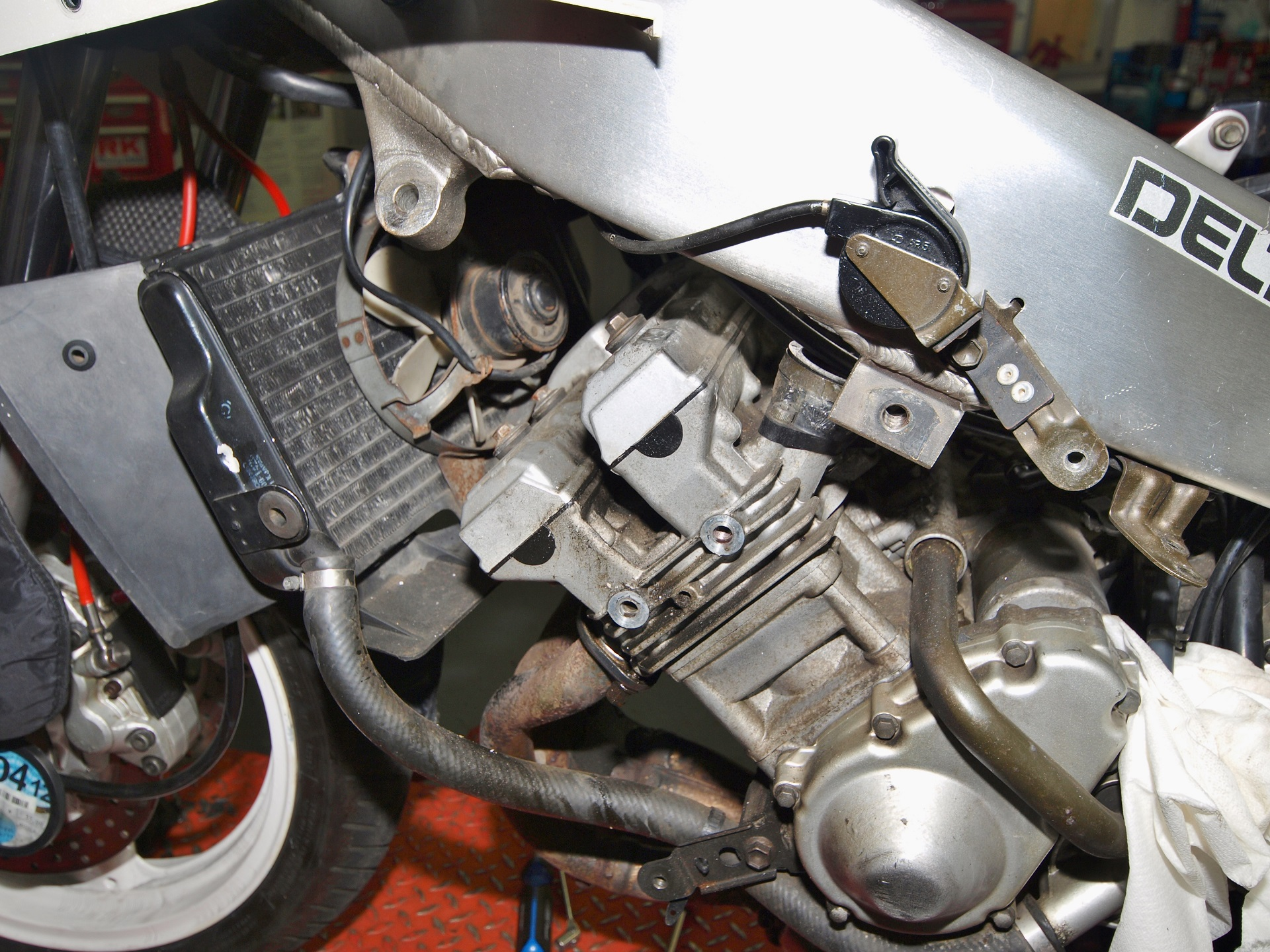 Side profile of Yamaha engine
